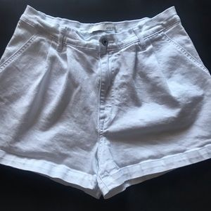 ELLA MOSS High Rise White Mom Shorts sz 28